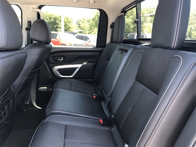 Pre-Owned 2017 Nissan Titan PRO