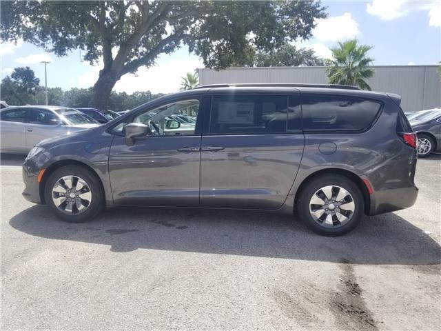 New 2018 CHRYSLER Pacifica Hybrid Hybrid Touring L