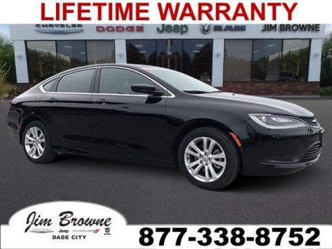 Pre-Owned 2016 Chrysler 200 LX